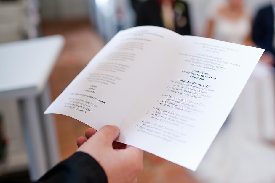 Hochzeitsfotografie-Bad Sooden-Allendorf-Inka Englisch Photography-Low Budget Hochzeit-2015_21