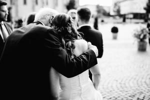 Hochzeitsfotograf-Kassel-Frankfurt-Wiesbaden-Hamburg-Berlin-Hochzeitsreportage-Storytelling-Lifestyle-Inka Englisch Photography_-1