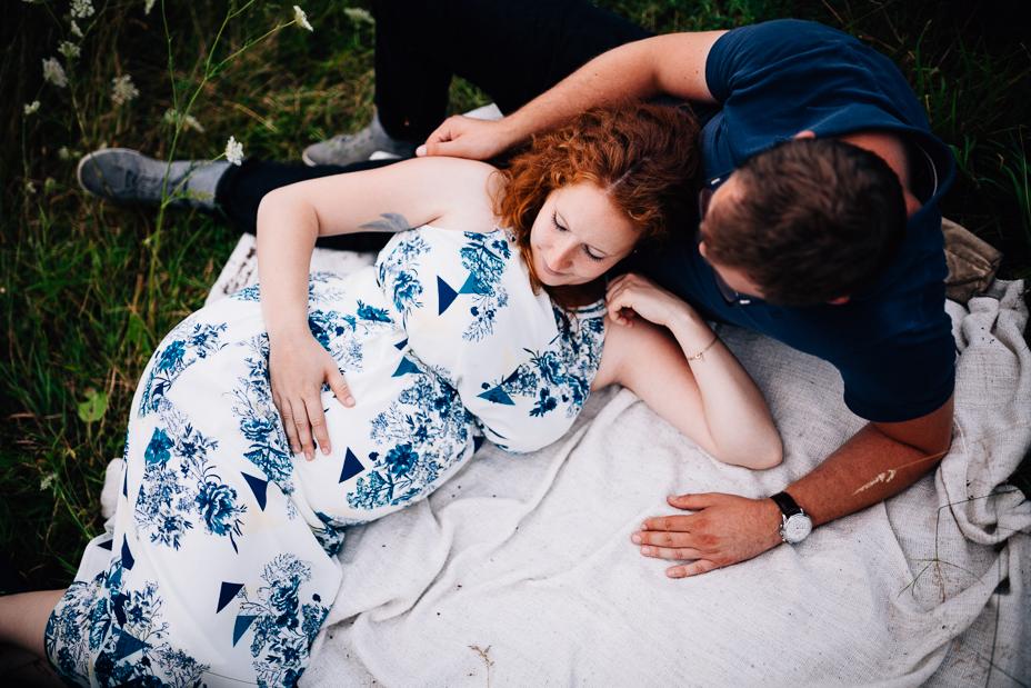 Blumenwiese Englisch babybauchshoot kassel inka englisch photography 2016 blumenwiese