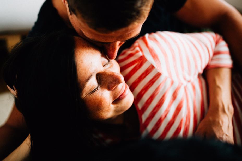 Babybauchshoot-Kassel-Inka Englisch Photography-Schwangerschaft-Foto-Fotoshoot-Babybauch-Pregnancy-Homestory-zuhause-13