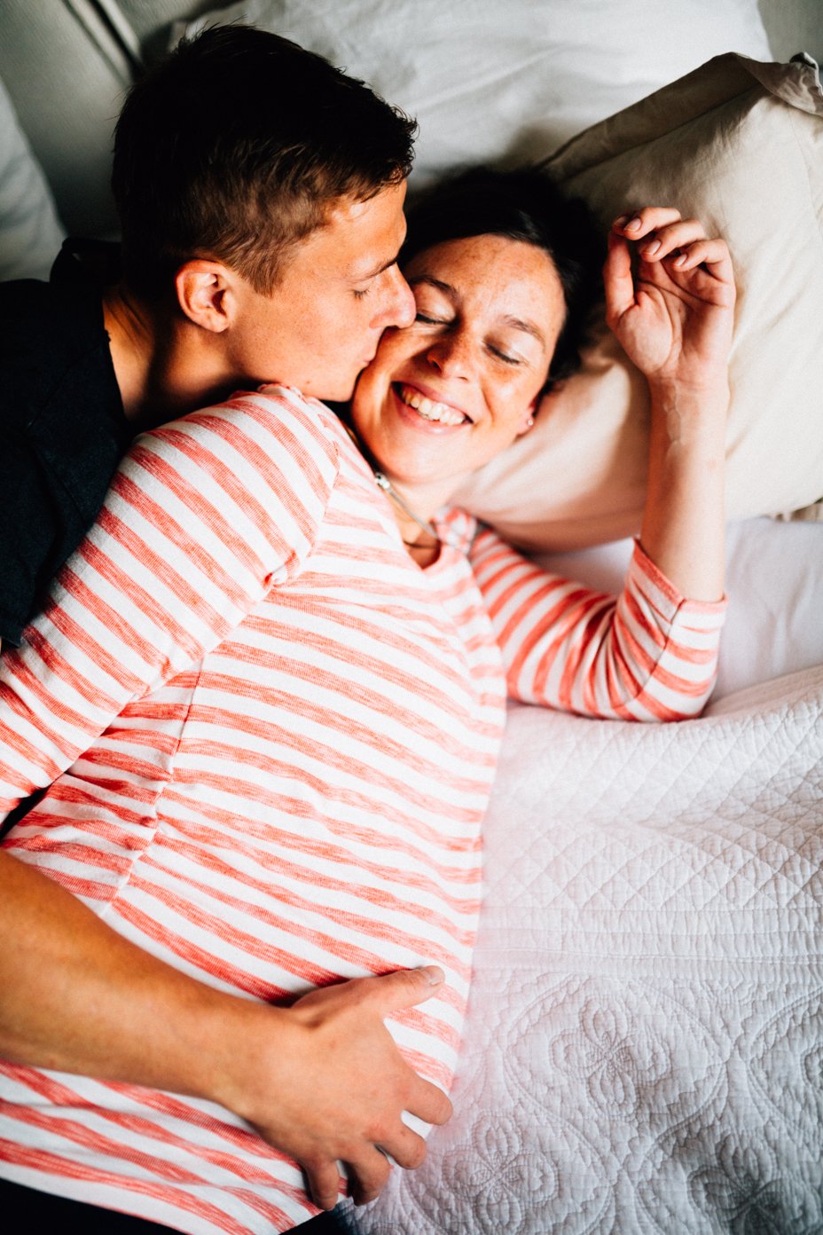 Babybauchshoot-Kassel-Inka Englisch Photography-Schwangerschaft-Foto-Fotoshoot-Babybauch-Pregnancy-Homestory-zuhause-14