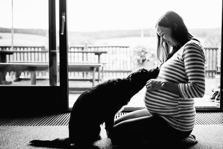 Babybauchshoot-Kassel-Inka Englisch Photography-Schwangerschaft-Foto-Fotoshoot-Babybauch-Pregnancy-Homestory-zuhause-23