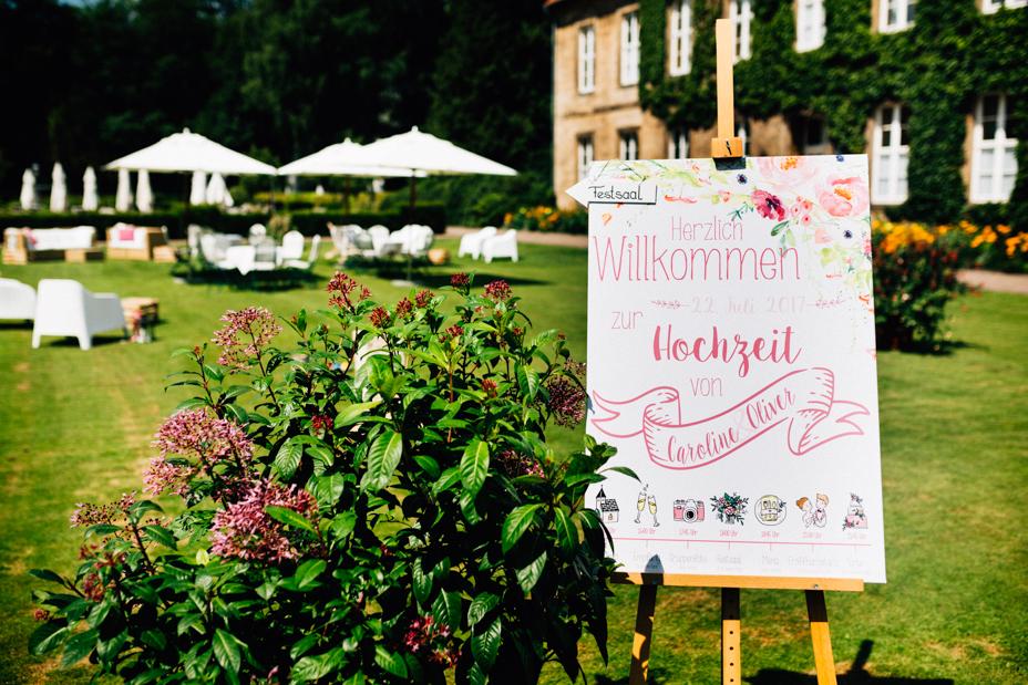 Hochzeitsfotograf-Kassel-Bad Driburg-Graeflicher Park-Inka Englisch Photography-Hochzeitsreportage-Regenhochzeit-entspannt-storytelling-wedding photographer-1