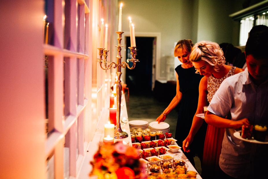 Hochzeitsfotograf-Kassel-Bad Driburg-Graeflicher Park-Inka Englisch Photography-Hochzeitsreportage-Regenhochzeit-entspannt-storytelling-wedding photographer-108