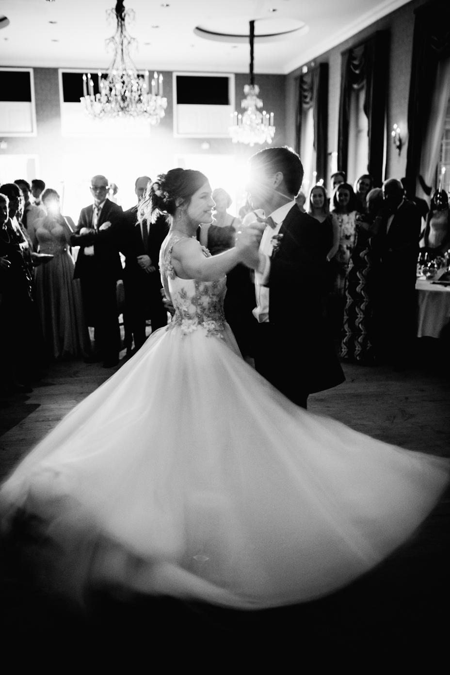 Hochzeitsfotograf-Kassel-Bad Driburg-Graeflicher Park-Inka Englisch Photography-Hochzeitsreportage-Regenhochzeit-entspannt-storytelling-wedding photographer-117