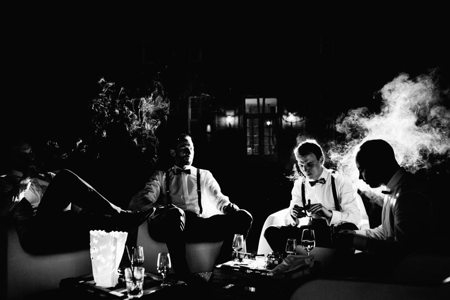 Hochzeitsfotograf-Kassel-Bad Driburg-Graeflicher Park-Inka Englisch Photography-Hochzeitsreportage-Regenhochzeit-entspannt-storytelling-wedding photographer-120