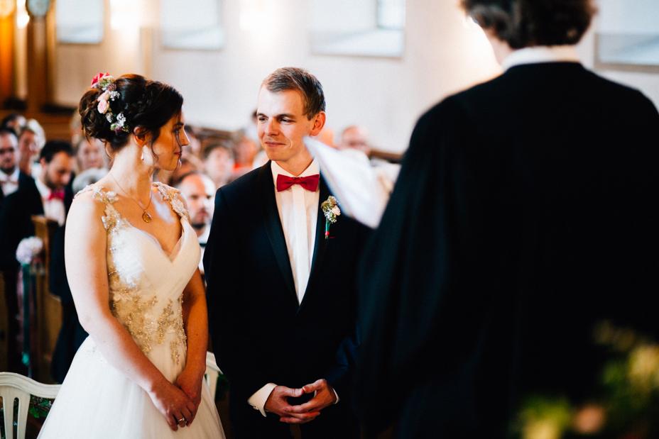 Hochzeitsfotograf-Kassel-Bad Driburg-Graeflicher Park-Inka Englisch Photography-Hochzeitsreportage-Regenhochzeit-entspannt-storytelling-wedding photographer-39