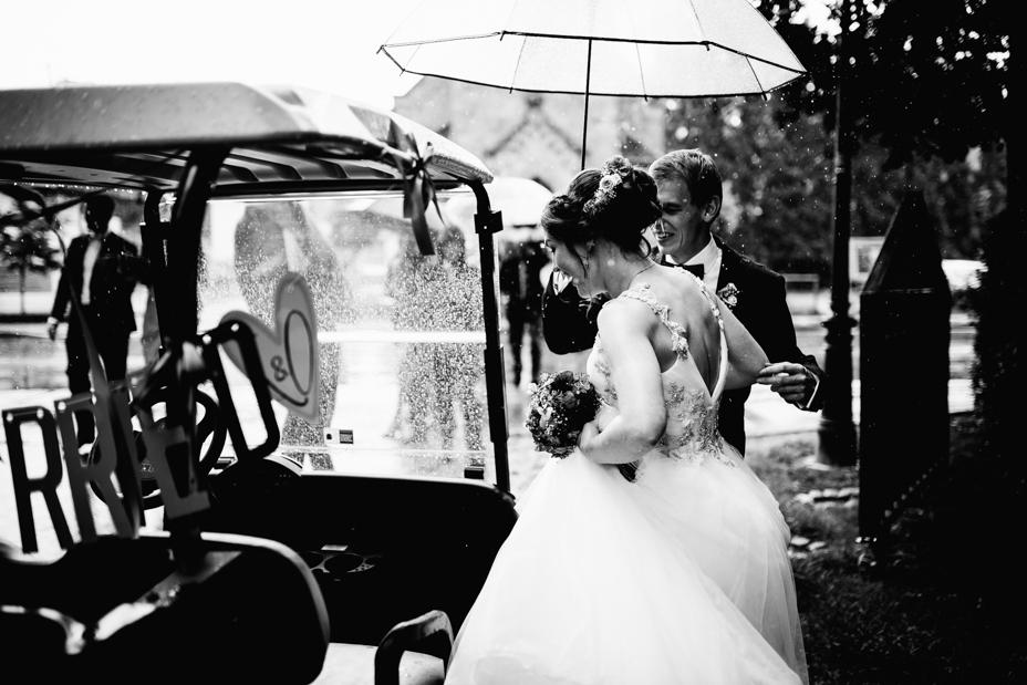 Hochzeitsfotograf-Kassel-Bad Driburg-Graeflicher Park-Inka Englisch Photography-Hochzeitsreportage-Regenhochzeit-entspannt-storytelling-wedding photographer-50