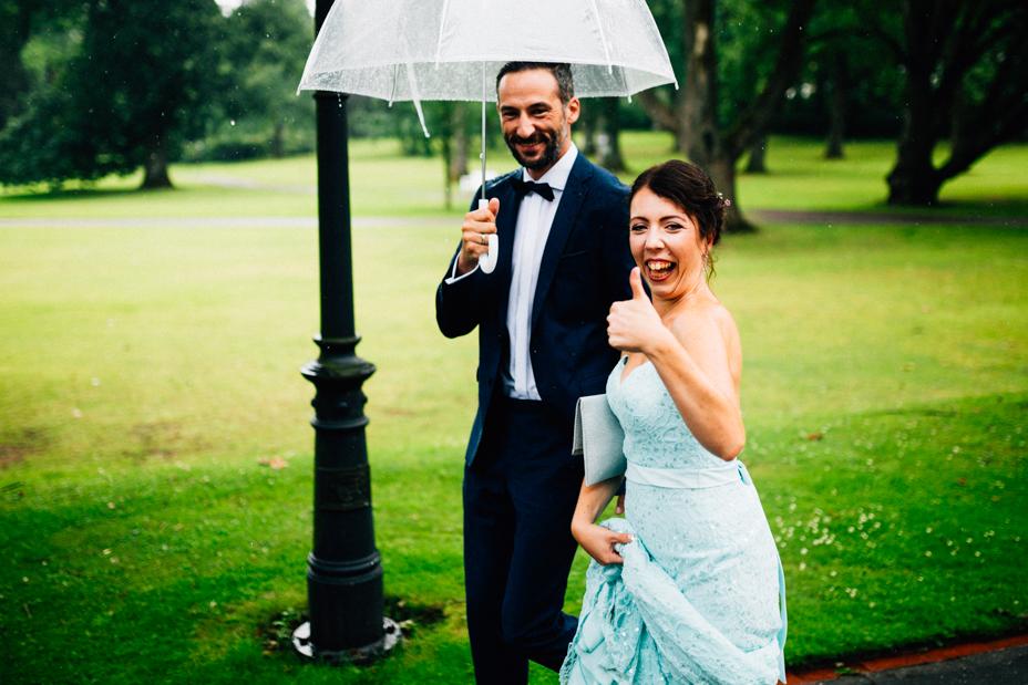 Hochzeitsfotograf-Kassel-Bad Driburg-Graeflicher Park-Inka Englisch Photography-Hochzeitsreportage-Regenhochzeit-entspannt-storytelling-wedding photographer-51