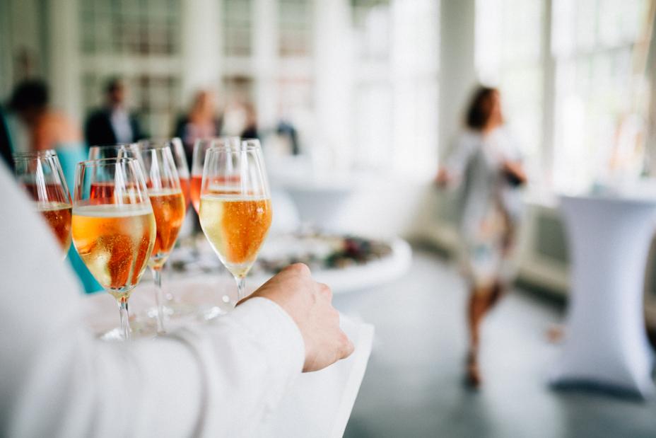 Hochzeitsfotograf-Kassel-Bad Driburg-Graeflicher Park-Inka Englisch Photography-Hochzeitsreportage-Regenhochzeit-entspannt-storytelling-wedding photographer-54
