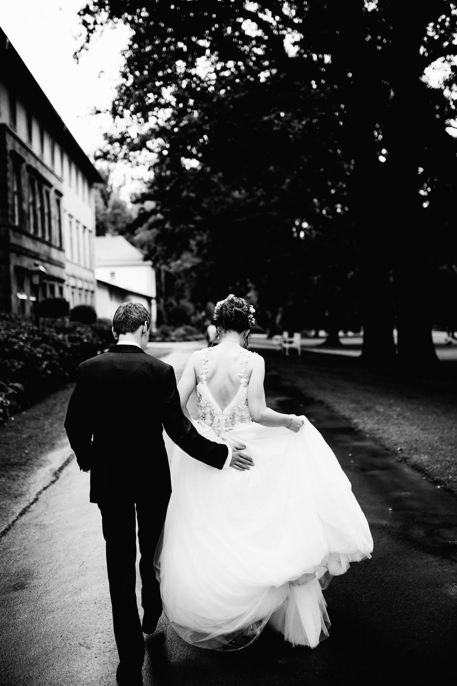 Hochzeitsfotograf-Kassel-Bad Driburg-Graeflicher Park-Inka Englisch Photography-Hochzeitsreportage-Regenhochzeit-entspannt-storytelling-wedding photographer-63