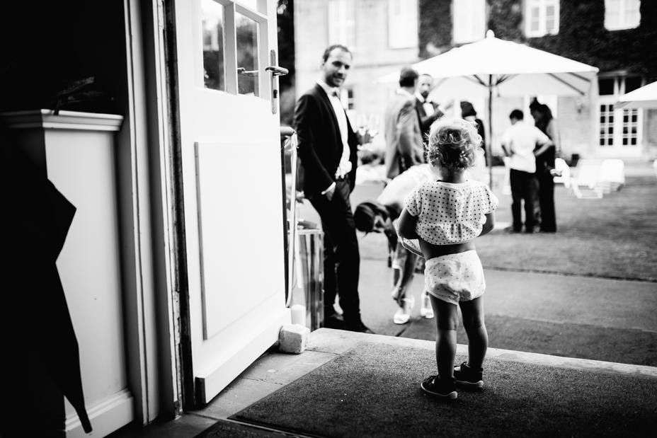 Hochzeitsfotograf-Kassel-Bad Driburg-Graeflicher Park-Inka Englisch Photography-Hochzeitsreportage-Regenhochzeit-entspannt-storytelling-wedding photographer-69