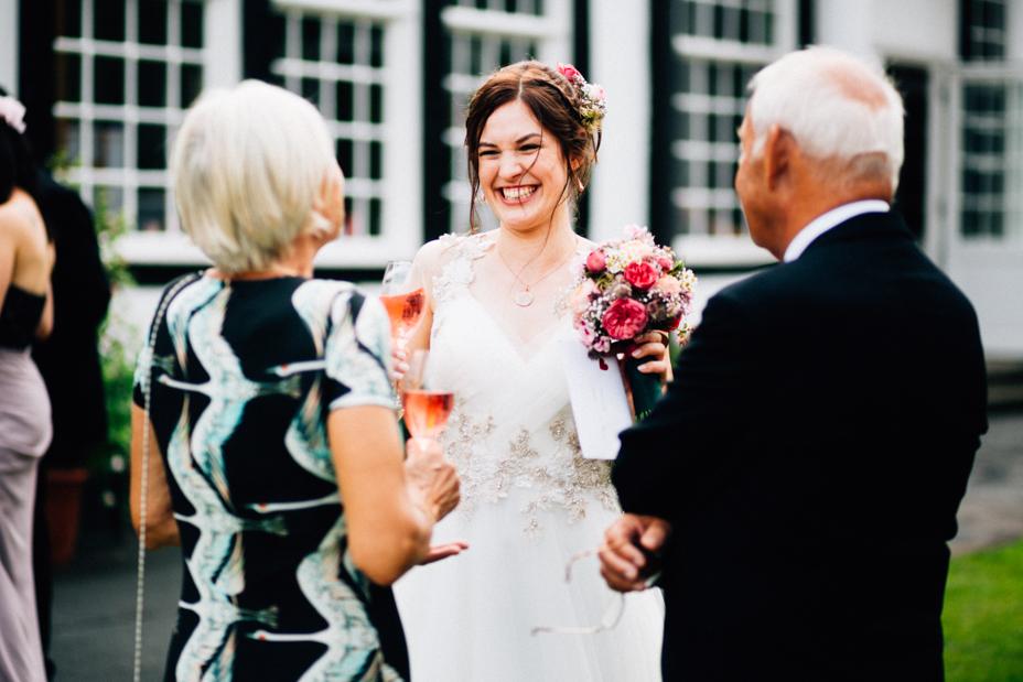 Hochzeitsfotograf-Kassel-Bad Driburg-Graeflicher Park-Inka Englisch Photography-Hochzeitsreportage-Regenhochzeit-entspannt-storytelling-wedding photographer-70