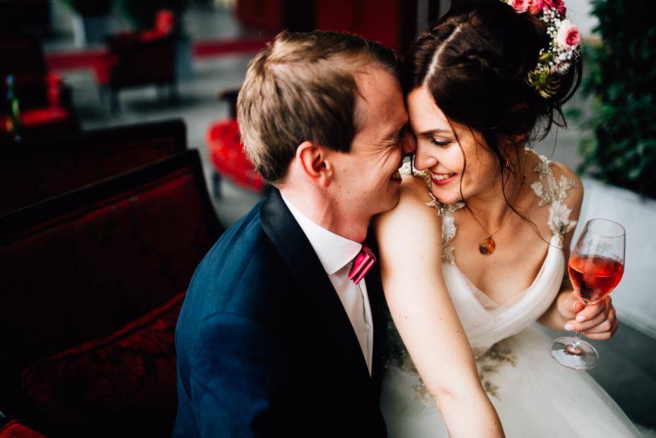 Hochzeitsfotograf-Kassel-Bad Driburg-Graeflicher Park-Inka Englisch Photography-Hochzeitsreportage-Regenhochzeit-entspannt-storytelling-wedding photographer-71