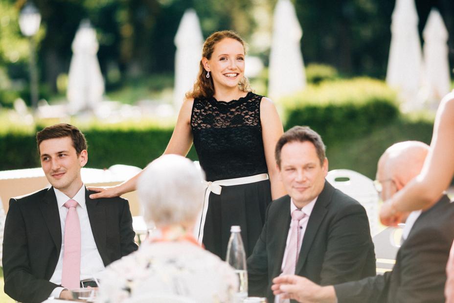 Hochzeitsfotograf-Kassel-Bad Driburg-Graeflicher Park-Inka Englisch Photography-Hochzeitsreportage-Regenhochzeit-entspannt-storytelling-wedding photographer-75