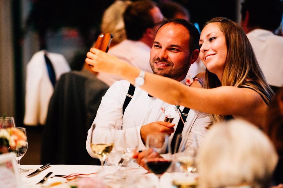 Hochzeitsfotograf-Kassel-Bad Driburg-Graeflicher Park-Inka Englisch Photography-Hochzeitsreportage-Regenhochzeit-entspannt-storytelling-wedding photographer-91