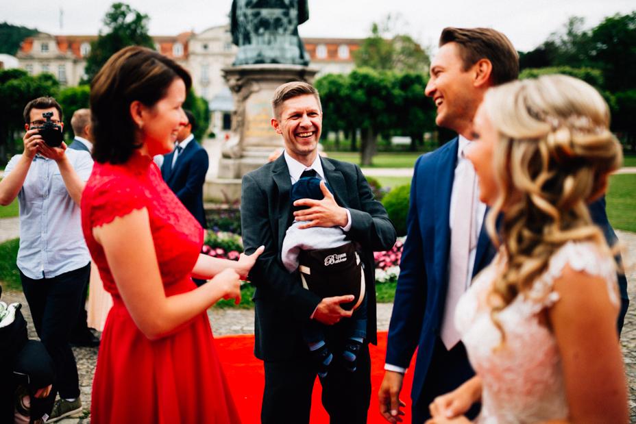 Elegantes Glück im Staatsbad Bad Brückenau Hochzeitsfotograf Staatsbad Bad Brückenau Hochzeit Kassel Reportage Storytelling Inka Englisch Photography Feier