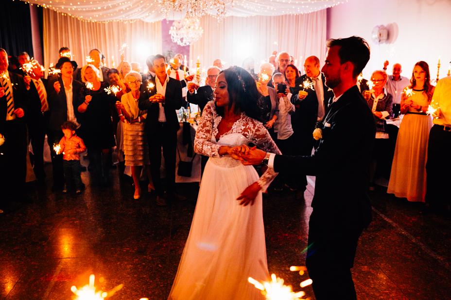 Hochzeitsfotograf-Kassel-Orangerie-Inka Englisch Photography-Hochzeitsreportage-Aue-Wedding-Photographer-Lifestyle-Storytelling-159