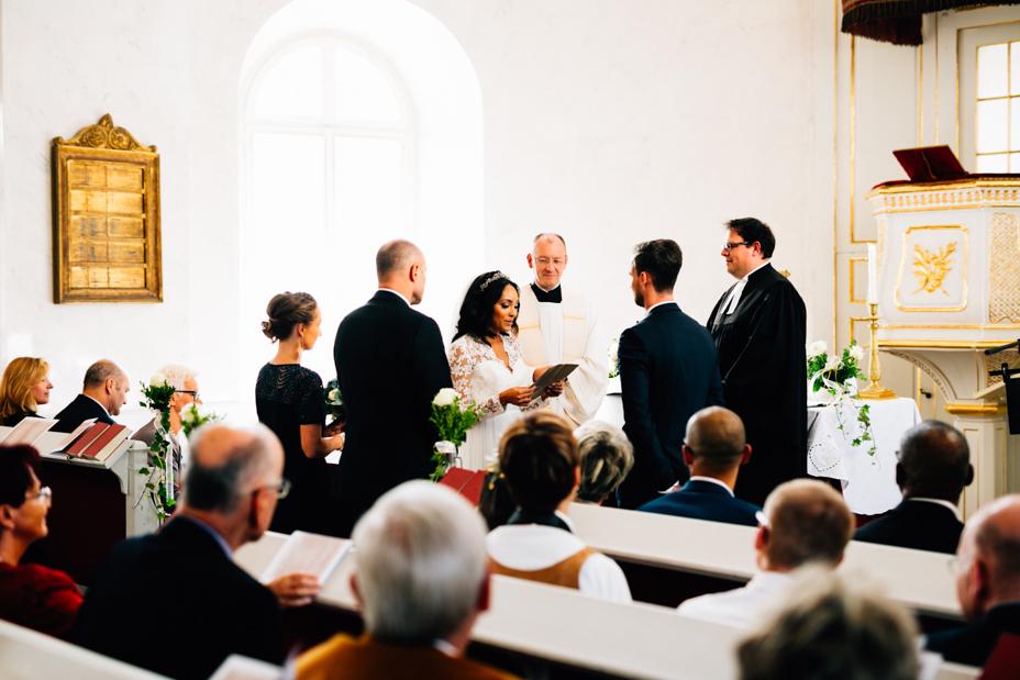 Hochzeitsfotograf-Kassel-Orangerie-Inka Englisch Photography-Hochzeitsreportage-Aue-Wedding-Photographer-Lifestyle-Storytelling-78