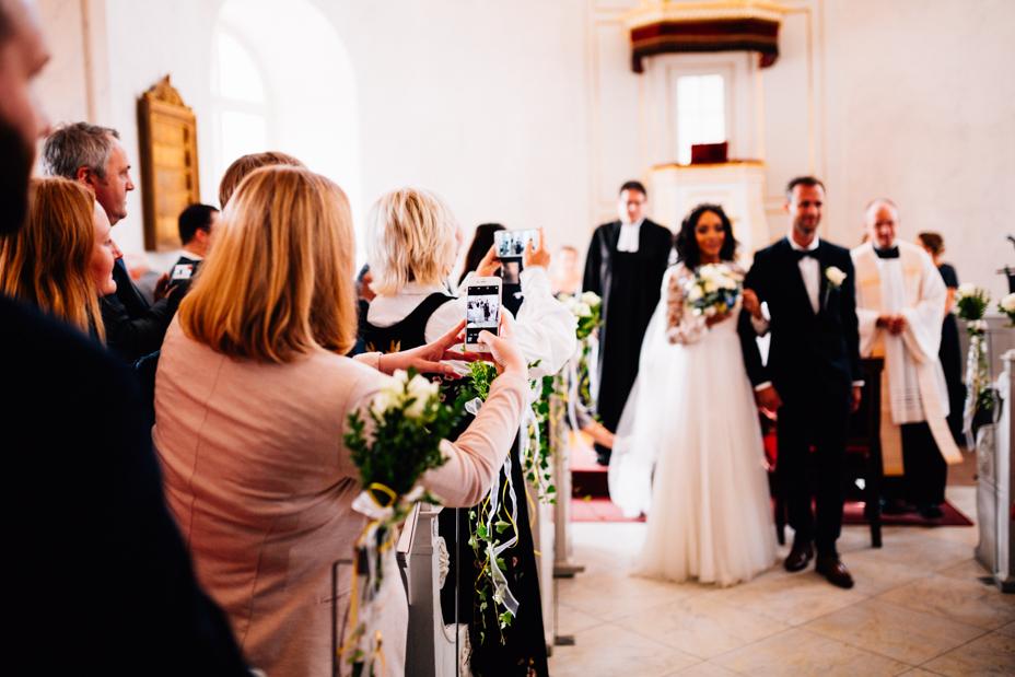 Hochzeitsfotograf-Kassel-Orangerie-Inka Englisch Photography-Hochzeitsreportage-Aue-Wedding-Photographer-Lifestyle-Storytelling-90