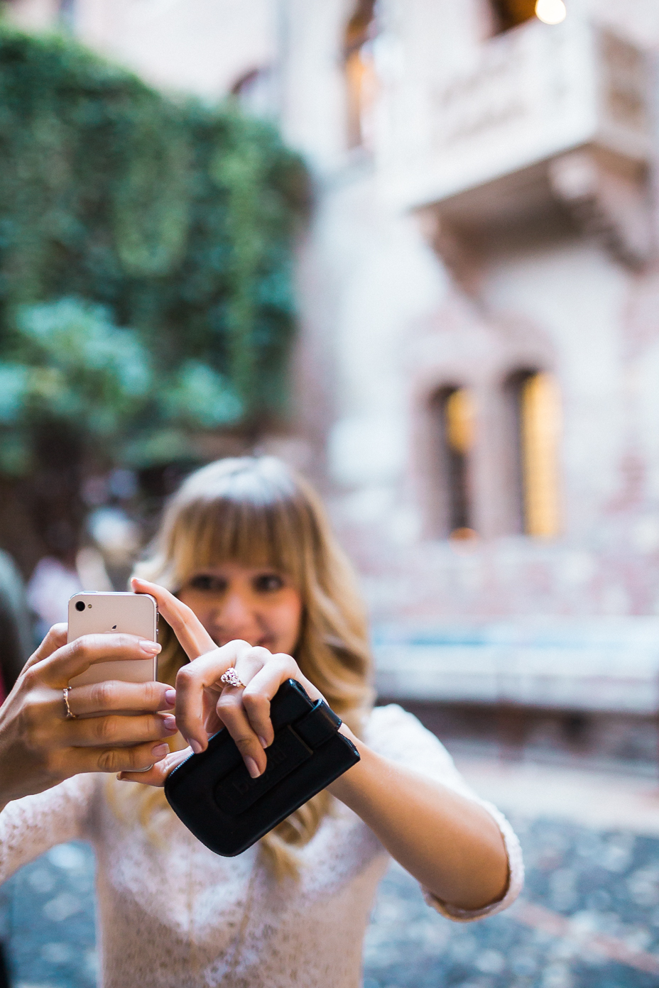 Paarshooting 2020 Fotograf Kassel Inka Englisch Verliebt in Verona ... Engagementshoot in Italien