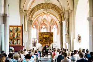 Hochzeitsfotograf Wedding Photography Hochzeitsreportage Kassel Frankfurt Würzburg Hannover Hamburg München Kirche