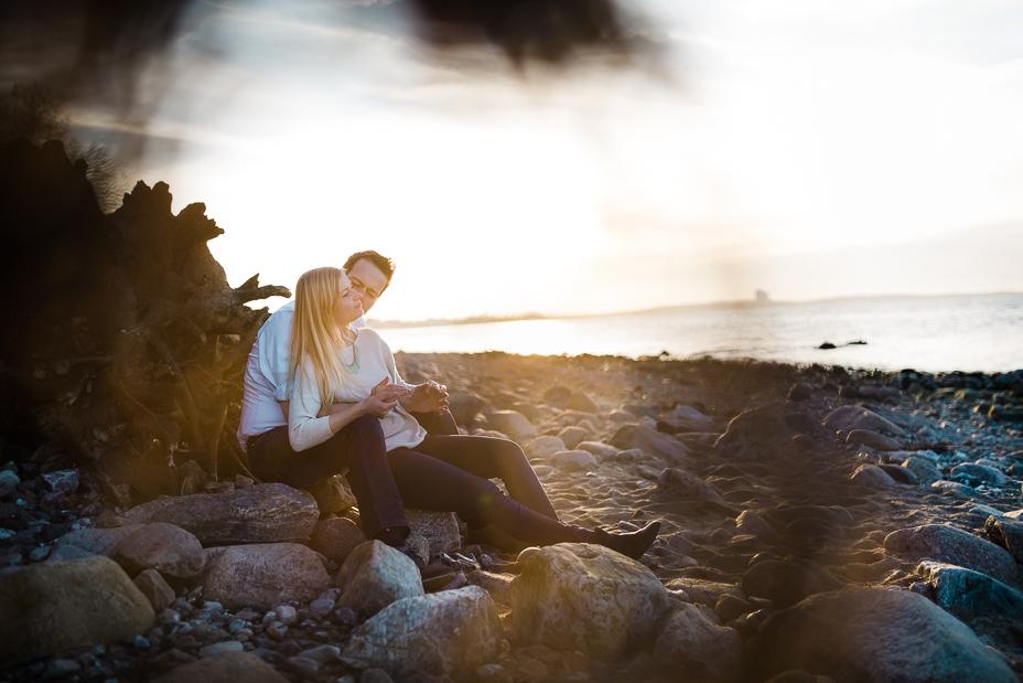 Verlobungsmomente am Brodtener Steilufer - Engagementshoot Engagementshooting Verlobungsshooting Strand Ostsee Timmendorf Brodtener Steilufer 2016 Inka Englisch Photography Kassel Hochzeitsfotograf Proposal Sonnenuntergang