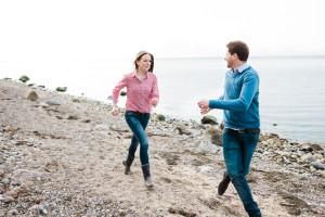Pärchenshooting am Meer Lifestylefotografie Lifestyleshooting Coupleshooting Ostsee Strand Mecklenburg Vorpommern Hamburg Kassel Liebe Inka Englisch Photography