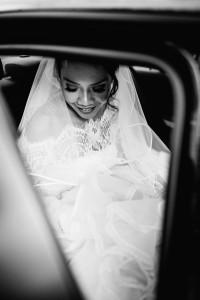 Hochzeitsfotograf Frankfurt Kassel Reportage Dokumentation Storytelling Inka Englisch Photography Burg Schwarzenstein Kassel Wedding Photographer Indonesischer Hochzeitszauber auf Burg Schwarzenstein
