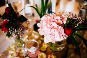 Freie Hochzeit im Kloster Haydau Hochzeitsfotografie Kassel Morschen Hochzeitsfotograf Wedding Photographer Ganztagesreportage Tischdeko