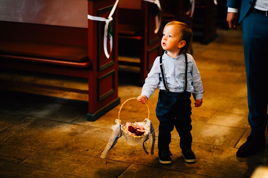 Hochzeitsfotograf Hochzeit Fotograf Hann. Münden Kassel Letzter Heller Inka Englisch 2018 Reportage Feier Kirche TrauungHochzeitsfotograf Hochzeit Fotograf Hann. Münden Kassel Letzter Heller Inka Englisch 2018 Reportage Feier Kirche Trauung