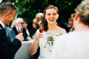 Hochzeitsfotograf Hochzeit Fotograf Hann. Münden Kassel Letzter Heller Inka Englisch 2018 Reportage Feier Sektempfang