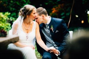 emotionale Hochzeit im Bergpark Wilhelmshöhe Kaskadenwirtschaft Grischaefer Inka Englisch 2018 freie Trauung Reportage
