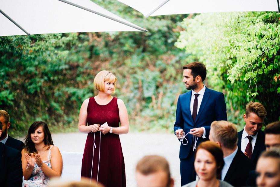 emotionale Hochzeit im Bergpark Wilhelmshöhe Kaskadenwirtschaft Grischaefer Inka Englisch 2018 freie Trauung Reportage Ritual