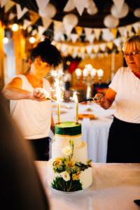 Wenn das Herz JA sagt ... Hochzeit im Kloster Chorin Hochzeitsfotograf Kassel Inka Englisch Photography Wedding Deko Hochzeitsreportage Berlin Landhof Liepe Sommer Torte