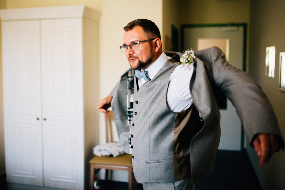 Wenn das Herz JA sagt ... Hochzeit im Kloster Chorin Hochzeitsfotograf Kassel Inka Englisch Photography Wedding Deko Hochzeitsreportage Berlin Landhof Liepe Sommer Getting Ready